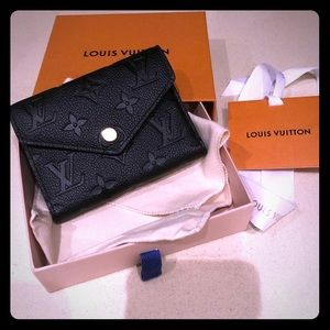 NWT ** Louis Vuitton Victorine Black Wallet